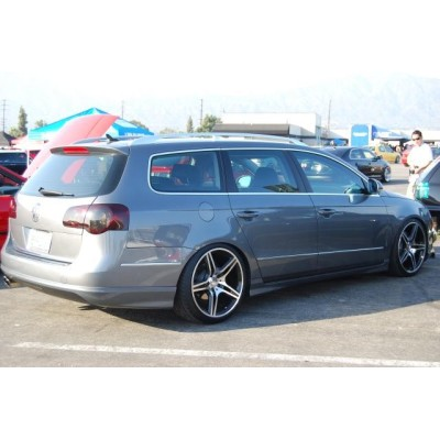Estriberas laterales VW Passat 3C Votex look