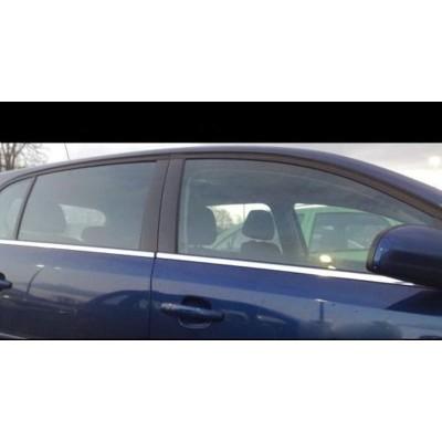 Molduras de ventana Opel Astra H GTC